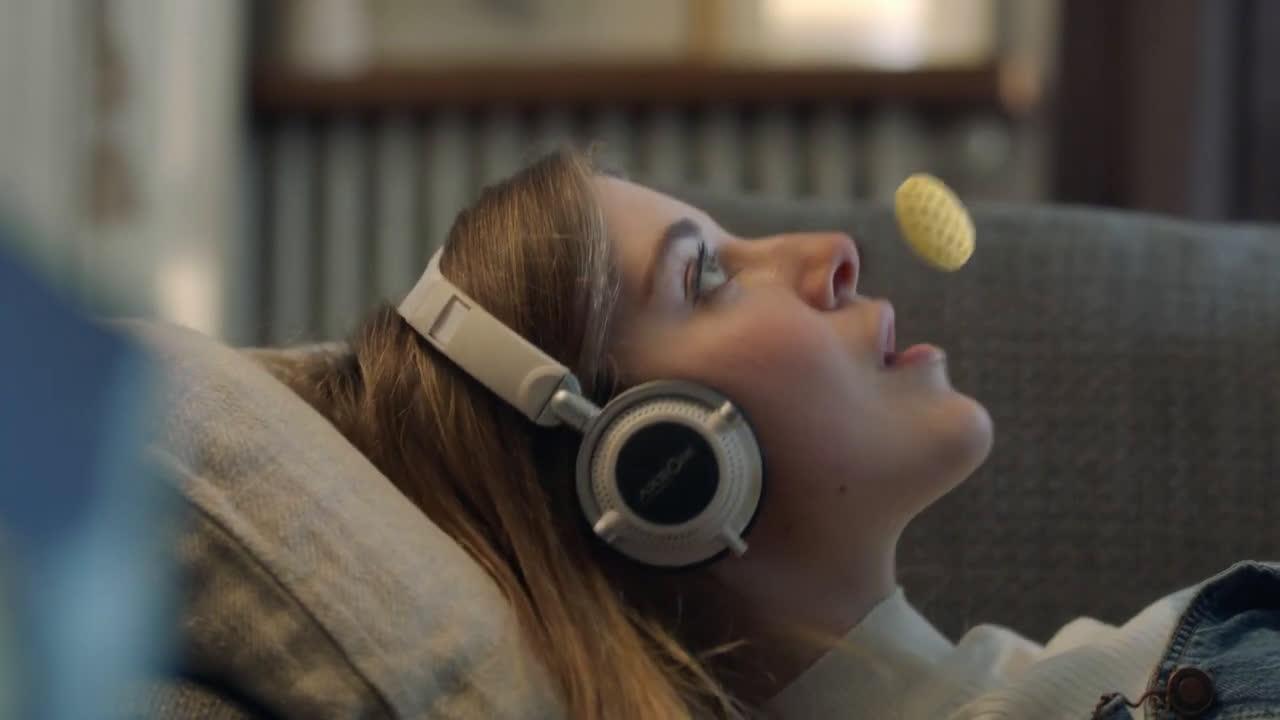 Lays Snacks: Diversión en todas sus formas anuncio