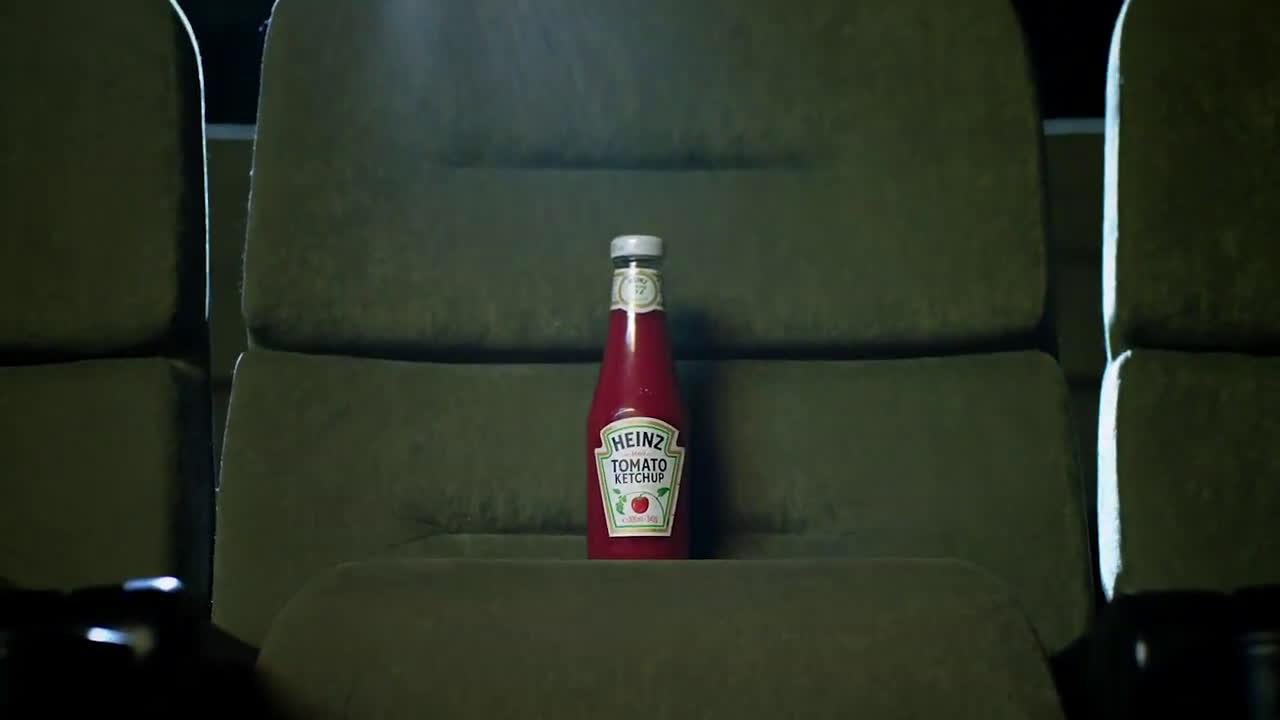 Heinz ¿QUIÉN DIJO QUE EL KETCHUP NO PODÍA SER ROMÁNTICO? anuncio