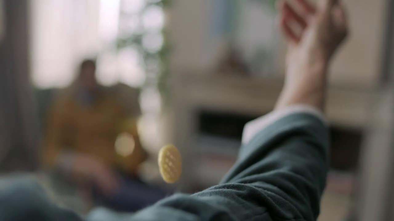 Lays Snacks: Diversión en todas sus formas - Poppables - abuela anuncio