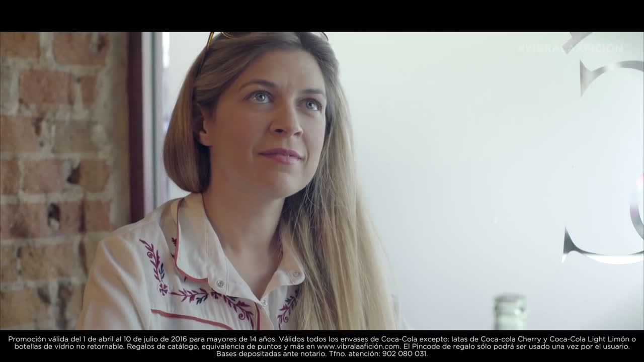 Coca Cola Joaquín y la guiri - Vibra la Afición anuncio