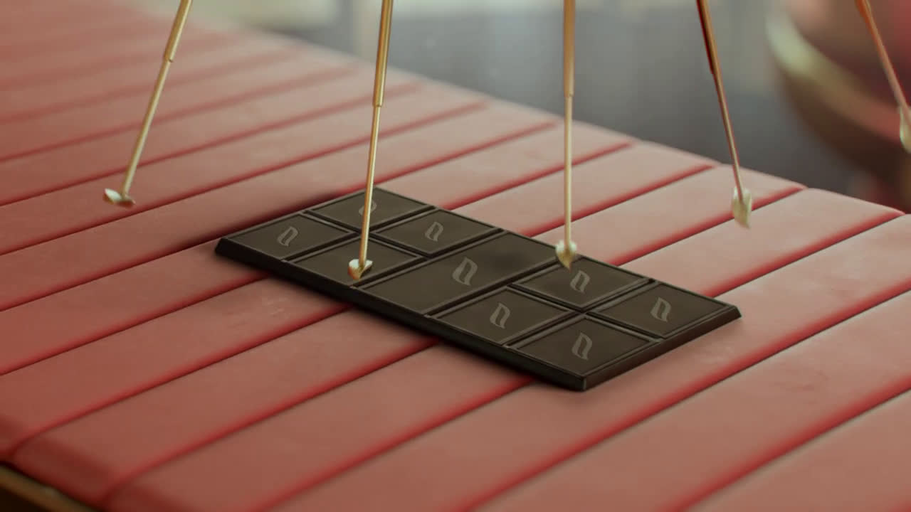Suchard CHOCOLATE NEGRO 100% BIO anuncio