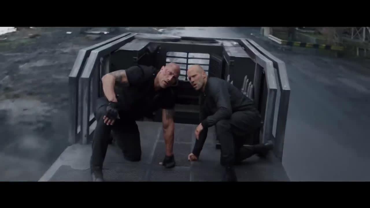 Trailers In Spanish Rápidos y Furiosos: Hobbs & Shaw (2019) Tráiler Oficial #2 Subtitulado anuncio