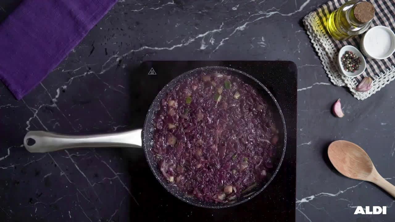 Aldi Solomillo sobre verduras moradas anuncio