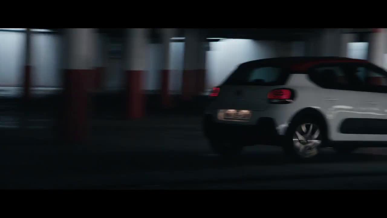 C3 - La nueva ofensiva Trailer
