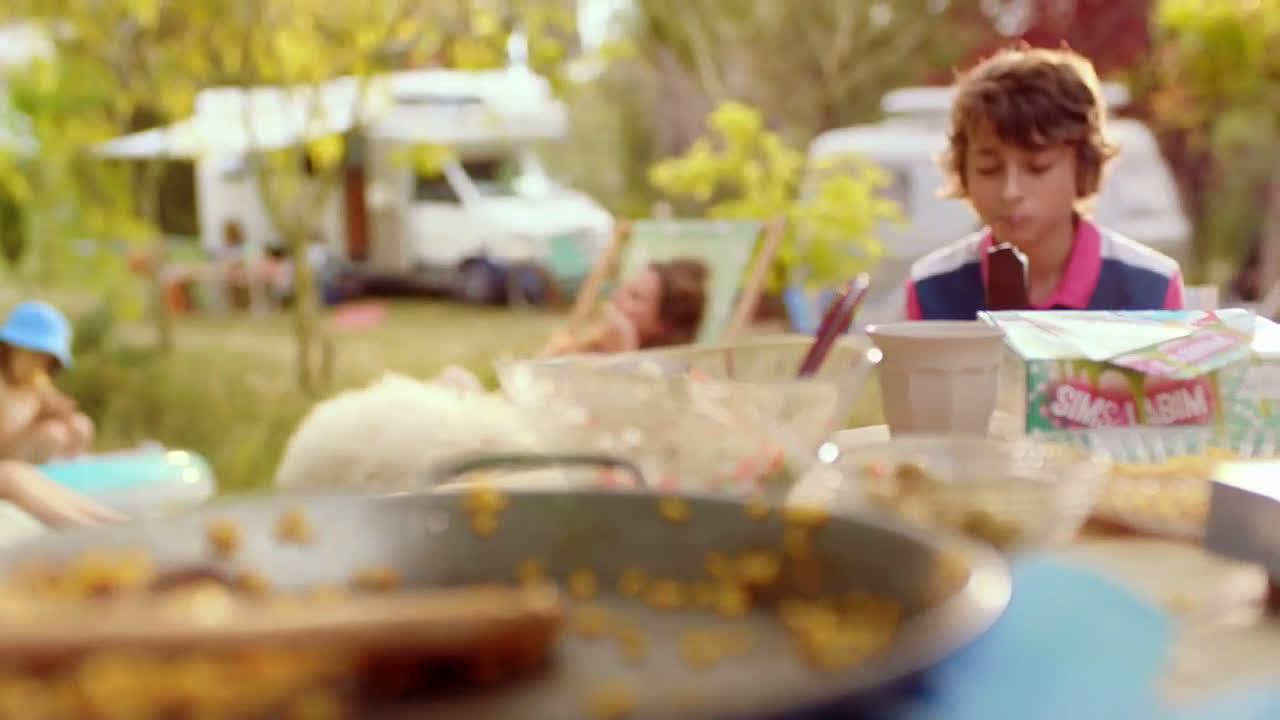 Aldi #PorSi siempre hay hueco para un heladito: los tenemos de todos los gustos anuncio