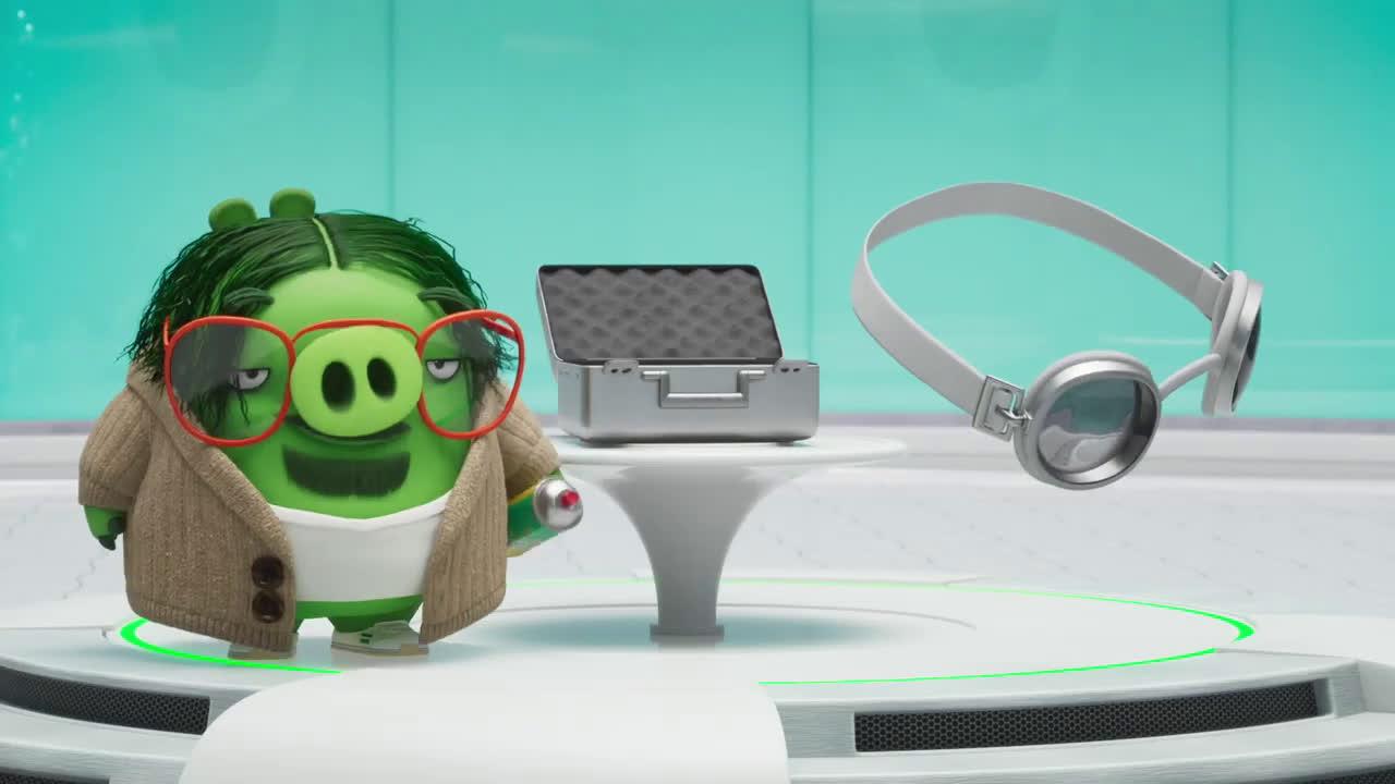 Sony Pictures Entertainment ANGRY BIRDS 2: LA PELÍCULA. En el laboratorio de inventos porcinos. En cines 23 de agosto anuncio