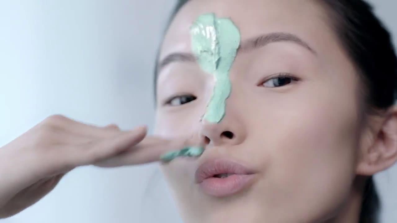 L`oreal Cuida y Limpia tu Piel con las Mascarillas Arcillas Puras anuncio