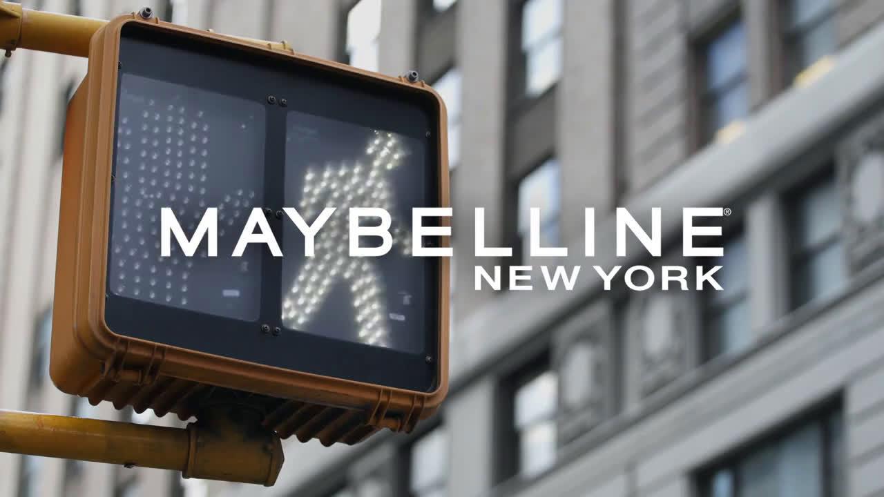 Maybelline ¿Puede tu base de maquillaje hacer esto? SuperStay Active Wear de Maybelline sí! anuncio