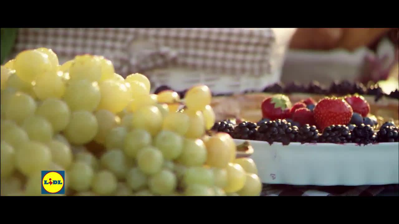 LIDL Vinos Franceses - Vino Blanco Seco por 3.99€/Ud. Y Vino Moulin por 4.99€/Ud anuncio