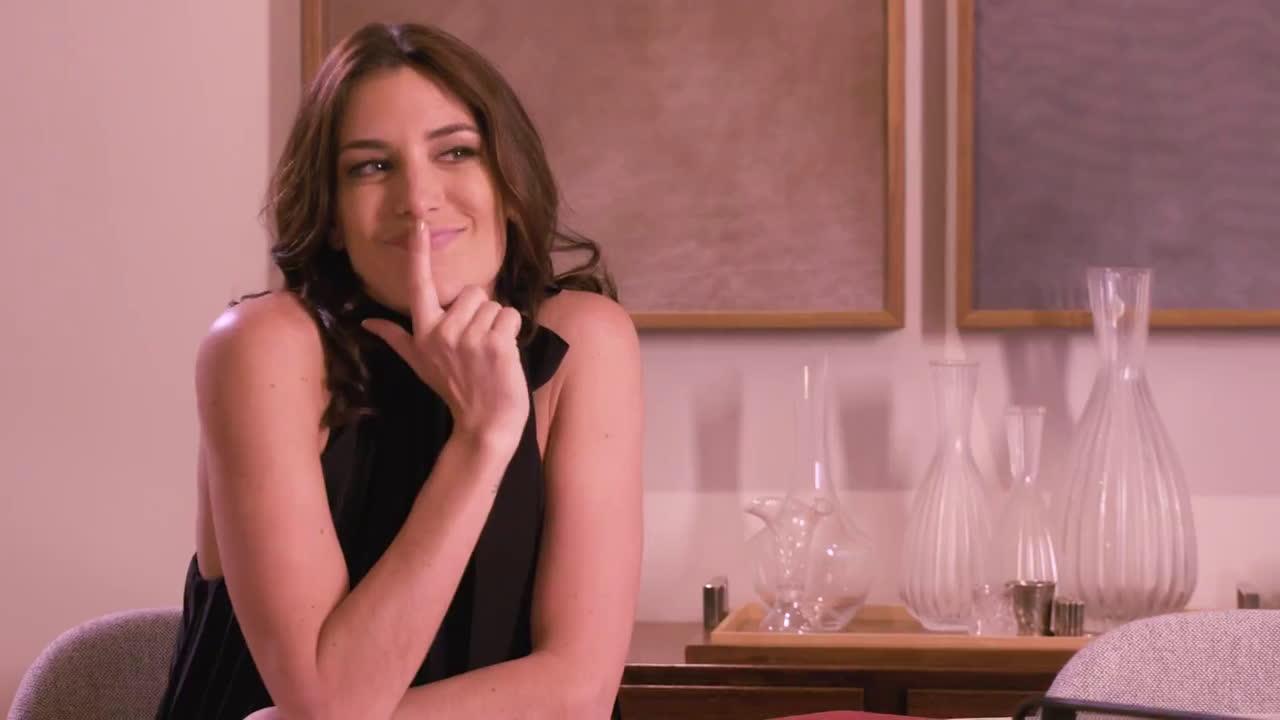Avon Viva la Vita : Modo Viernes anuncio