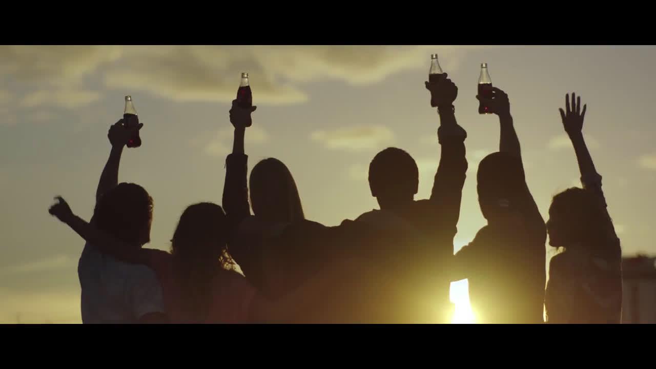 Coca Cola ¿Para qué? #SienteElSabor  anuncio