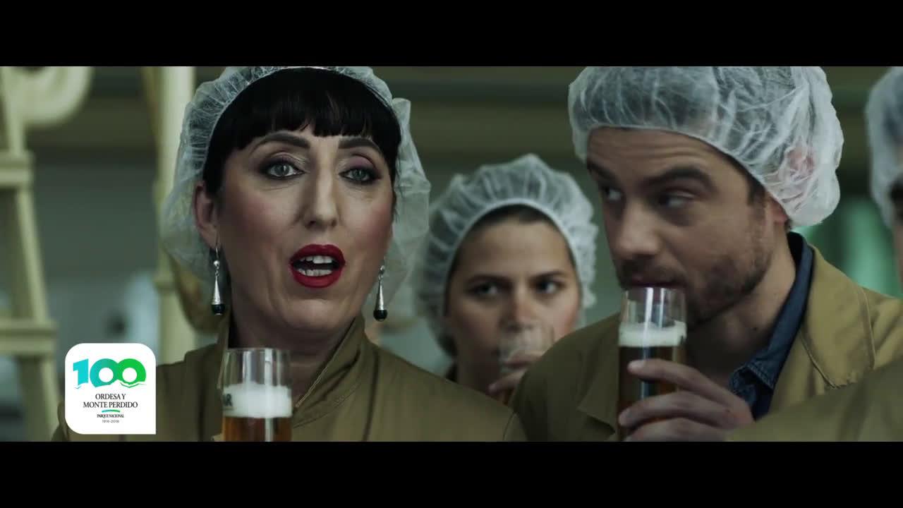 """Cervezas Ambar SPOT TV AMBAR: """"CUESTIÓN DE OLFATO"""" anuncio"""
