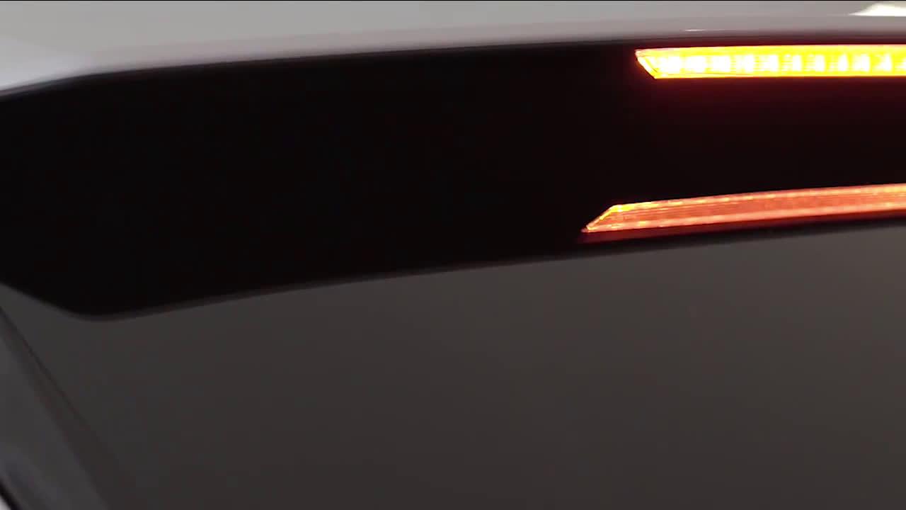 Nuevo Audi Q8 - Iluminación Matrix LE Trailer