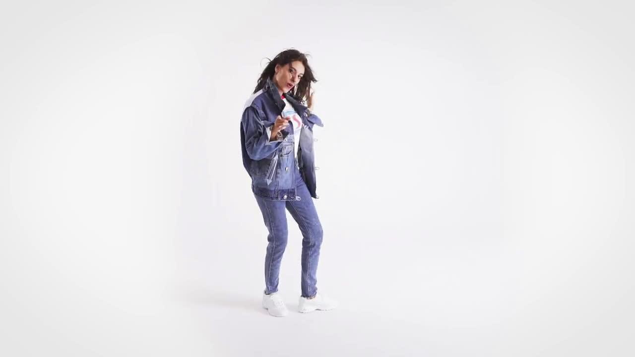 Skechers Back to the 90's con Ana Guerra y Elle España #DLites anuncio