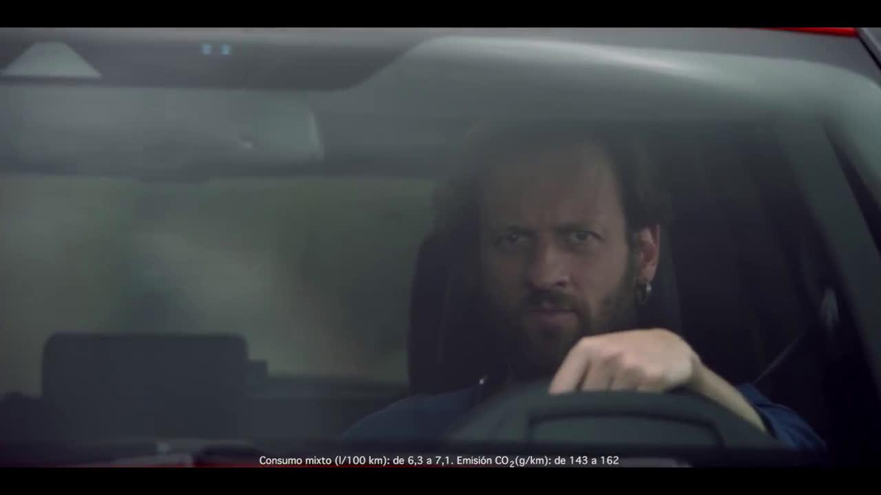 presenta a Edu Soto y Marc Marquez en el nuevo CR-V Trailer
