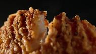 Carl´s Jr The Cajun Chicken Fillet Biscuit Commercial