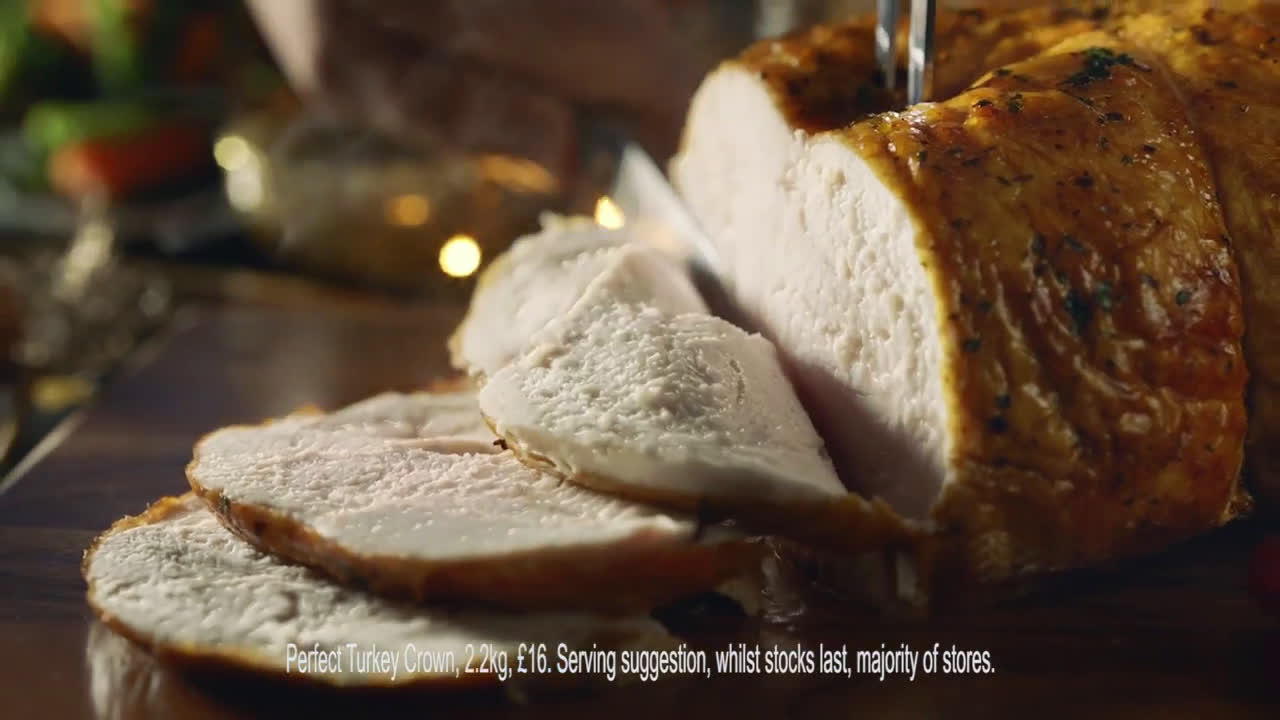 Iceland Christmas 2018 - Perfect Turkey Crown... That's Christmas advert