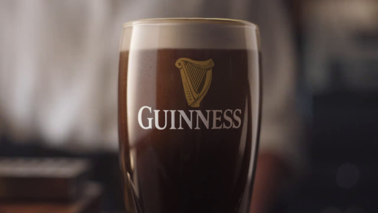 Guinness and Joe Montana – More than a Ball, More than a Beer advert