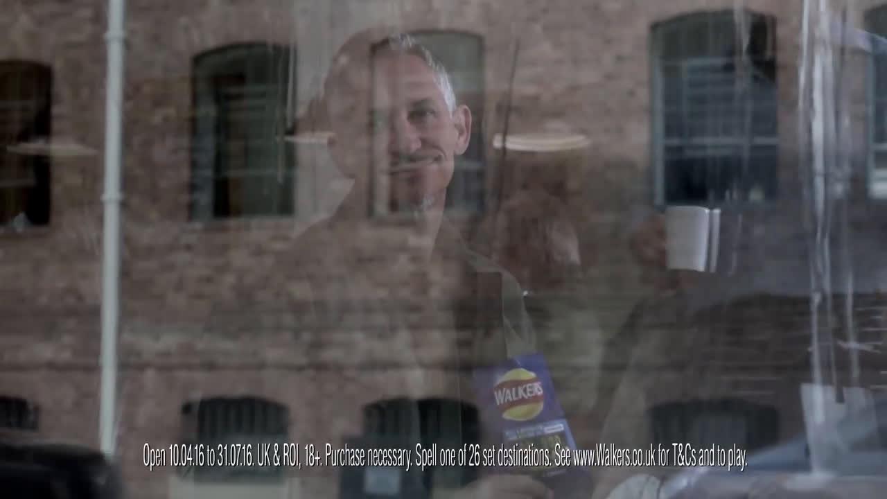 Walkers Crisps Crisps Gary needs a P... #SpellandGo - Gary Lineker  Advert