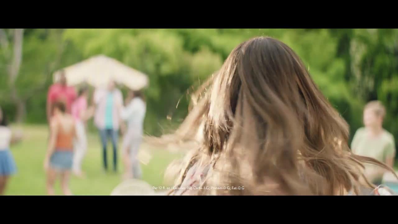 Smirnoff Spiked Sparkling Seltzer Chrissy Teigen Ad