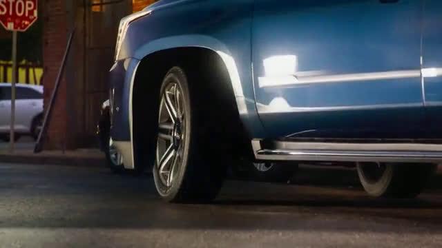 Actress In Cadillac Xt5 Commercial | Motavera.com